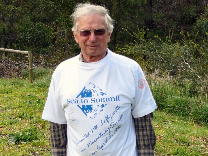 Colin Edwards with a Sea to Summit t-shirt 1998