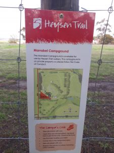 The Heysen Trail sign next to the walkers platform shows the designated tent site (shaded in red).